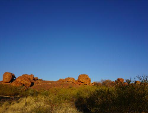 Devils Marbles o Karlu-Karlu, recorriendo el outback australiano